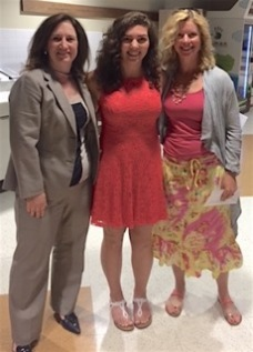 Natalie Tague (C) with GWC presentors MJ Oneill (R), Michelle Vincent (L)
